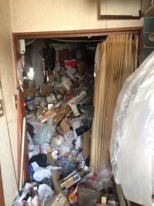 ゴミ屋敷の究極の片づけ方法だと思います。